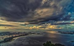 Baia de Guanabara (mcvmjr1971) Tags: trilhandocomdidi d7000 bondinho cablecar f28 mmoraes nikon pordosol pãodeaçucar riodejaneiro sugarloaf sunset tokina1116mm vistadecima