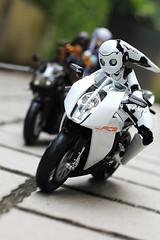 The Pursuit (TKatagiri) Tags: rider figma ktm drossel toy actionfigure bmw k1300r motorcycle muvluv luv muv barchenowa cryska takamura yui