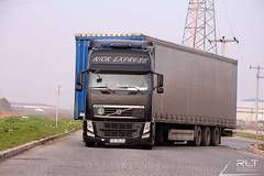 Volvo FH 500 EEV Globetrotter 4x2 (Redabulyu) Tags: volvo volvotruck volvokamyon nick express nikon d7100 transport tokina1116mm turkey serbia fh 500 lowdeck low deck rlt