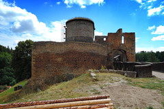 Krakovec castle (ZdenHer) Tags: krakovec castle sky cloud