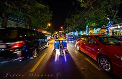 TUKTUK Bangkok Thailande (Slavisa JEFTIC .....Славиша ЈЕФТИЋ) Tags: voyage vacances balade course lumiere nuit rue voiture moto bangkok thailande tuk tuktuk