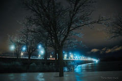 """Nuit de verglas ... ( P-A) Tags: arbres couleur froid givre glace hiververglas lumières neigeglacée nuit pluie pontchamplain rapides rivière soir spectaculaire pointdefuite perspective photos simpa© """"nikonflickraward"""""""
