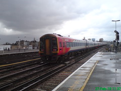 159104 (Rob390029) Tags: 159104 swt south west trains class 159 train track tracks rail rails travel travelling transport transportation transit public clapham junction railway station clj london red colour colours colourful