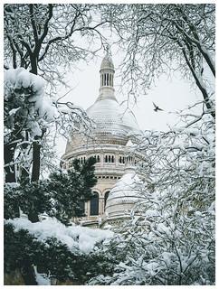 Snowy Sacré Coeur