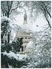Snowy Sacré Coeur (happy.culteur) Tags: paris sacrécœur snow neige montmartre landscape france daylight city urban bird pigeon olympusomdem10mark2 zuikodigital
