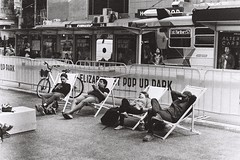 (alphanull) Tags: melbourne australia 35mm film pentax jch blackandwhite black white monochrome street photography art contrast light shadow streetphotography analog analogue ilford filmneverdie museum personal selfie boat paint food phone mirror reflection urban car person woman girl man family child taxi love sport abstract k1000 trix kodak