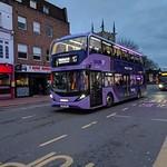 Reading Buses - Purple 17 - Enviro 400 City thumbnail