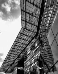 Reflections (ulidolz) Tags: iphone8 glas building gebäude reflections spiegelung bw blackwhite schwarzweis architektur architecture berlin
