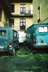 street. offside2017. lviv. (Yaroslav F.) Tags: retro car olymus om 1n 35mm kodak color 200 gzuiko street old building lviv lwow futymskyi yaroslav glass