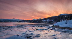 Old boat wreck in sunrise (Reidar Trekkvold) Tags: atlantic boat bã¥t fujifilm harstad landscape natur nature nordnorge norway sea seascape seaside sj㸠snow sn㸠sunset troms vinter winter xt20 xf1855ois