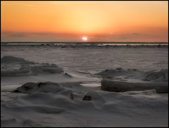 Winter Sunset (Jonas Thomén) Tags: winter vinter snö snow is ice sun sol sunset solnedgång isflak icefloes sea hav vatten water panorama hdr 5x3