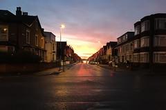 Reads Avenue, Blackpool (Rhisiart Hincks) Tags: sirgaerhirfryn lancashire lloegr powsows england sasana brosaoz ingalaterra angleterre inghilterra anglaterra 英国 angletèrra sasainn انجلتــرا anglie ngilandi ue eu ewrop europe eòrpa europa blackpool coucherdusoleil zonsondergang machlud auringonlasku kuzhheol ilunsenti solpor tramonto sonnenuntergang napnyugta dolfodhanagrèine lhienygreiney zachódsłońca solnedgång readsavenue treflun bailedhreach townscape gweledvakêr paysageurbain paisajeurbano stadtbild городскойпейзаж міськийпейзаж kaupunkikuvaan pilsētasainava miestovaizdis obrazměsta stadsbeeld 市容 都市の風景 peisajuluiurban