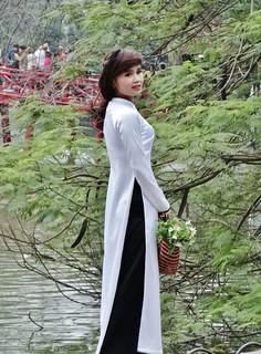 Traditional dress in Vietnam.