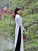 Traditional dress in Vietnam. (France-♥) Tags: 2591 vêtements tradition robe hanoi vietnam femme woman dress clothing áodài portrait