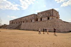 Impressive palace (Chemose) Tags: mexico mexique yucatán uxmal palais gouverneur governor palace maya architecture puuc art hdr canon eos 7d mars march