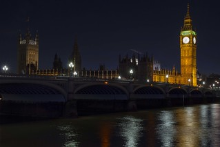 Westminster Bridge & Palace of Westminster in London, England.