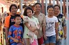 people who live close to each other and a dog (the foreign photographer - ฝรั่งถ่) Tags: six people neighbors dog khlong thanon portraits bangkhen bangkok thailand nikon d3200