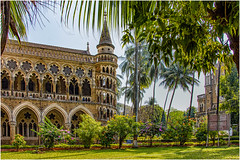 Bombay High Court ... (miriam ulivi) Tags: miriamulivi nikond7200 indiadelsud mumbai bombay bombayhighcourt architecture gardens trees grass