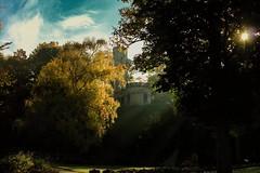 Mystic castle (tucsontec) Tags: mysterie mystic castle gebäude gebäudekomplex burg sonnenlicht sonnenstrahlen bäume baum park darkness dunkel