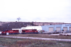 GB&W RS27 #316 working the boat train at Kewaunee WI on 10/10/81 (LE_Irvin) Tags: gbw kewauneewi rs27