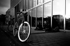 End of work, bikes & sunset (AlphaAndi) Tags: mono monochrome city trier tiefenschärfe urban leute people personen portrait bikes sony fullframe vollformat streetshots streetshooting