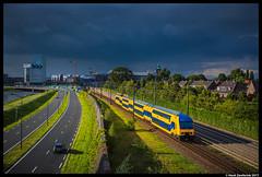 NS Reizigers 7530, 's-Hertogenbosch 24-07-2017 (Henk Zwoferink) Tags: shertogenbosch hagel onweer den bosch ddz ns nsr reizigers henk zwoferink 7530 bui storm dark sky noodweer