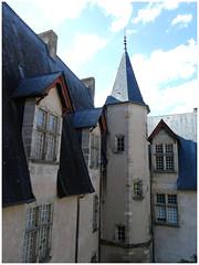 Autun, Musée Rolin (abac077) Tags: autun bourgogne 71 saôneetloire architecture musée muséerolin medieval