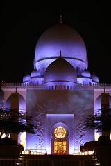 Grand Mosque, Abu Dhabi, UAE. Unique night view. (Subrata_AD) Tags: canoneos5dmarkiv canonef85mmf12liiusmlens seikhzayedmosque grandmosque thingstoseeinabudhabi placestoseeinabudhabi primelens canoncamera darkness wonderful mystique nightphotography uae abudhabi lighting mosques