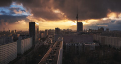 Berlin - Skyline PanoDrama (030mm-photography) Tags: rot berlin skyline panorama dramatisch dramatic sky himmel reise travel architecture architektur hochhaus skyscraper clouds wolken sonnenuntergang sunset tvtower fernsehturm alexanderplatz street strase city stadt cityscape nachtaufnahme nightshot