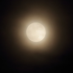 Blue Super Moon in the Haze,Aberdeen_jan 18_830 (Alan Longmuir.) Tags: grampian aberdeen night moon bluesupermoon