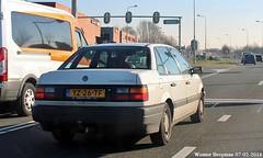 Volkswagen Passat CL automatic 1990 (XBXG) Tags: yz26tf volkswagen passat cl automatic 1990 volkswagenpassat bva automatique sedan n8 provincialeweg krommenie nederland holland netherlands paysbas old classic german car auto automobile voiture ancienne allemande deutsch vehicle outdoor vw
