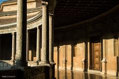 Palacio Carlos V (Eva_María) Tags: alhambra granada andalucía palacio luz sombra historia columnas