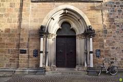 Keep your bike outside (petrOlly) Tags: europe europa germany deutschland brema bremen city door doors architecture architektura building buildings