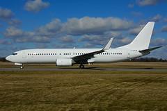 C-GOFW (ex Sunwing Airlines) (Steelhead 2010) Tags: sunwingairlines boeing b737 b737800 yhm creg cgoew