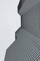 building gris (Rudy Pilarski) Tags: nikon tamron d7100 2470 urbain urban urbano building immeuble bw bâtiment nb sky ligne line architectura architecture geometry geometrie geometria monochrome moderne modern lookup paris france city ciudad cityscape ville abstract abstrait skyline minimalisme minimal architectural