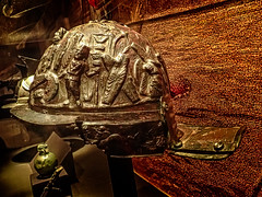 Ornate helmet found in the gladiator barracks in Pompeii Roman 1st century CE (mharrsch) Tags: helmet armor armour gladiator bloodsport entertainment roman bronze pompa pompeii 1stcenturyce omsi portland oregon mharrsch
