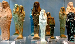 Shabti Line Up Parade (jacquemart) Tags: britishmuseum london egyptiangallery goods tombgoods egypt