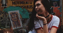 DSC_0185 - copia (Lu_Indu) Tags: me portrait glasses street streetphoto streetstyle aviator palermo buenosaires serrano girl tumblr tumblrphotography fashion wrangler color colorful