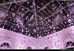 There Will Be Light, Luminale, Frankfurt, Germany (JH_1982) Tags: light lightbulb lightbulbs glühbirne glühbirnen glow dark glowing glühen darkness dunkelheit lagrimas san pedro vinicius silva almeida windows ceiling decke art kunst illumination luminale palmengarten frankfurt hesse hessen germany deutschland beleuchtet beleuchtung water suspended rain shower artitic nachtaufnahme nighshot frankfurter francfort fráncfort francoforte meno 美因河畔法兰克福 フランクフルト フランクフルト・アム・マイン франкфурт แฟรงก์เฟิร์ต فرانكفورت फ़्रैंकफ़र्ट alemania allemagne germania alemanha duitsland 德国 ドイツ германия 독일 almanya जर्मनी ประเทศเยอรมนี đức ألمانيا майне 프랑크푸르트 nuit noche notte incandescent electric lampe lámpara lampadina