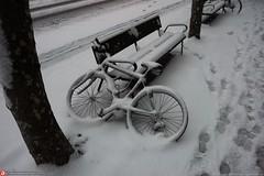 white bike (Oneras) Tags: snow nieve donostia sansebastián