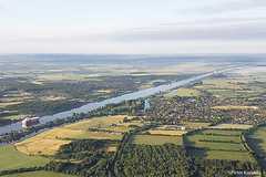 Kiel Canal / Nord-Ostsee-Kanal / Eider River, Germany (peterkaroblis) Tags: kielcanal nordostseekanal canal schleswigholstein ballonfahrt balloonride geometrie geometry landschaft landscape
