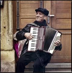 img038 (Jurgen Estanislao) Tags: strasbourg france jurgen estanislao accordion hasselblad 500 cm carl zeiss planar t 80mm f28 kodak portra 400