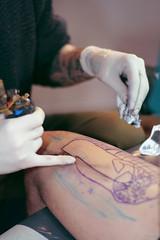 (Paranoico (MDMAfia)) Tags: color colour oscarcolores tattoo tatuaje tinta luz light