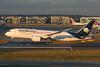 N964AM Boeing B787-8 EGLL 15-12-17 (MarkP51) Tags: n964am boeing b7878 b787 dreamliner aeromexico am amx london heathrow airport lhr egll england aviation jet airliner aircraft airplane plane image markp51 nikon d7200 sunshine sunny aviationphotography