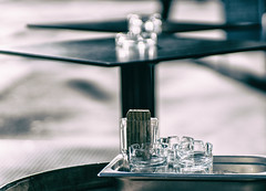 Glass and Steel (**capture the essential**) Tags: 2017 bern berne city fotowalk mog mogprimoplan1975neo meyeroptikgörlitzprimoplan1975neo people schweiz sonya6300 sonyilce6300 stadt street streetlife switzerland vintage