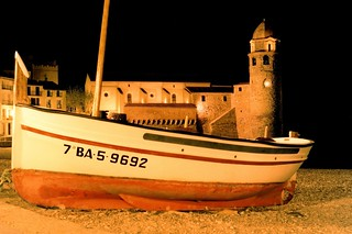 COLLIOURE BOAT AND NOTRE DAME DES ANGES CHURCH