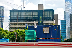 Ini Bukan Sampah (That's not the way Debbigail depicted (using album) Tags: jakarta building gedung architecture arsitektur carpark gedungparkir