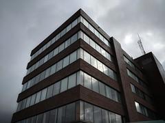 Brick red - Grey sky. (thnewblack) Tags: google pixel2xl smartphone android greysky abbotsford cityhall snapseed f18 122mp britishcolumbia art hdr