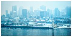 Le blues de la métropole :) (Joanne Levesque) Tags: ilestehélène montreal cityscape paysageurbain hiver winter brouillard fog nikond7500