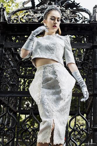03 Vestido de fiesta de fiesta brocado plata